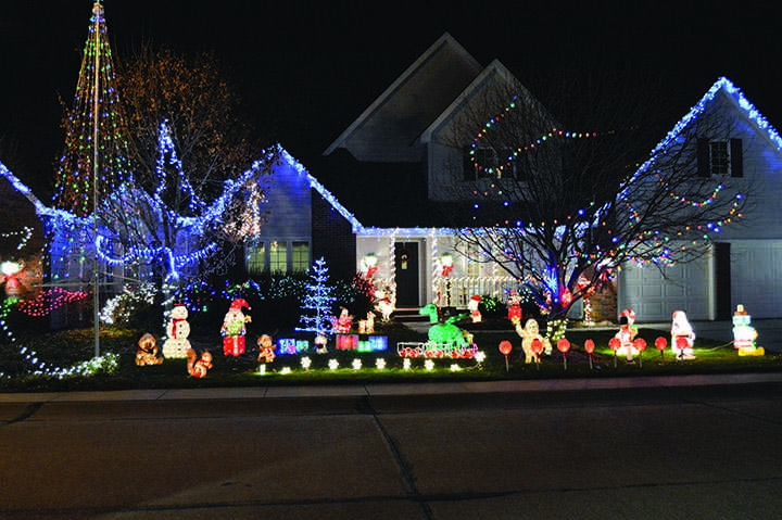 10 Ways to Trick Out Your Trees This Christmas