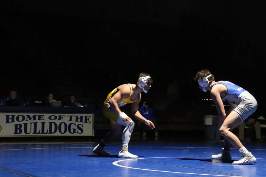 Diaz gets 100th win at Wrestling Dual Vs Kearney