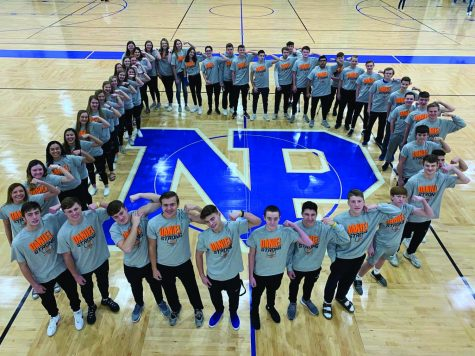 "The girls and boys basketball team for a ""D"" in their Daniel Strong t-shirts in honor of Daniel Shea."
