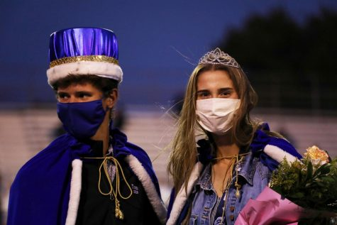Seniors Tom Moss and Abby Orr wear their homecoming crowns. They were crowned during half-time at the Varsity football game. The Bulldogs played Millard West, winning 17-7.